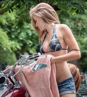 http://img30.imagedunk.com/i/03529/f7zaaszkb05p_t.jpg