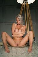 http://img30.imagedunk.com/i/03553/6ittpsua122h_t.jpg