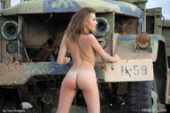 http://img30.imagedunk.com/i/03594/clpaze2ktfq1_t.jpg