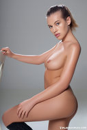 http://img30.imagedunk.com/i/03604/pp1z58cuih3r_t.jpg