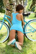 http://img30.imagedunk.com/i/03655/1u8cg6vdxdi1_t.jpg