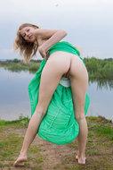 http://img30.imagedunk.com/i/03655/75v7yo4mf656_t.jpg