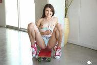http://img30.imagedunk.com/i/03662/3ye4thilet39_t.jpg