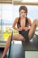 http://img30.imagedunk.com/i/03757/09ydf4e6ls79_t.jpg